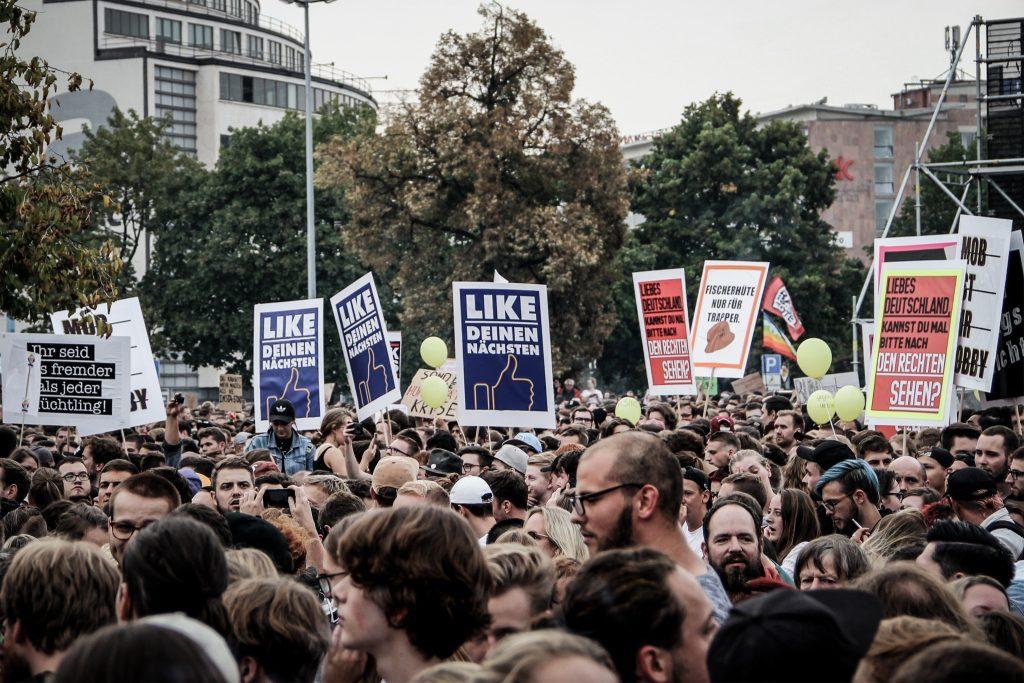 #wirsindmehr Chemnitz / Foto: https://www.flickr.com/photos/strassenstriche/42647321060/